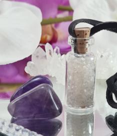 Bergkristal - Geschenkflesje aan waxkoord - 3,6cm