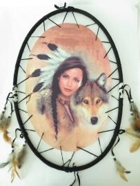 Dromenvanger - Indiaanse vrouw - met wolf - 54,5 cm