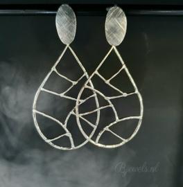 """Handgemaakte zilveren oorbellen """"woven"""""""