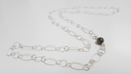 "Zilveren damesketting ""Long oval Black"""