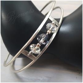 Zilveren handgemaakte armband met Swarovski