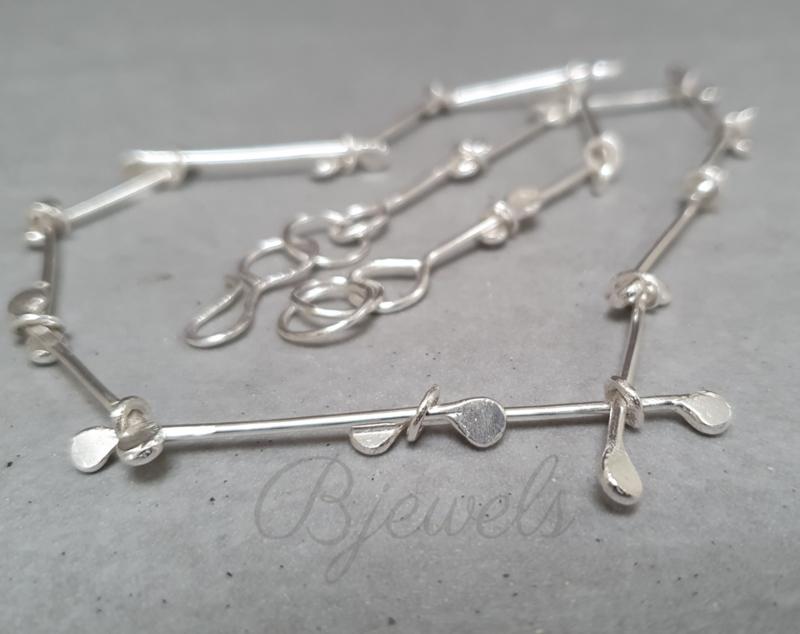 """Handgemaakte zilveren ketting """"wire"""""""