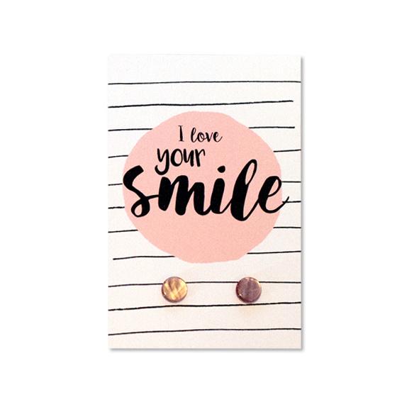 Oorbellen op kaartje 'I love your smile' roze