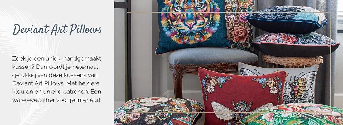 Deviant Art Pillows, unieke kussens, jacquard geweven kussen, felgekleurde kussens | Nanaa's Online Conceptstore