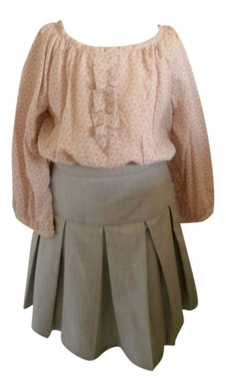 Geplooid rokje en blouse voor kleine dametjes