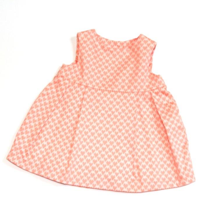 Lief baby jurkje met kleine hartjes