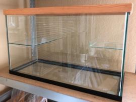 Volglas 70x30x40cm (BxDxH) met gaasdeksel