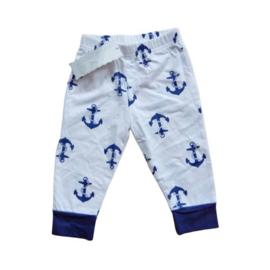 Broekje met blauwe ankers van zacht tricot katoen in maat 62-68