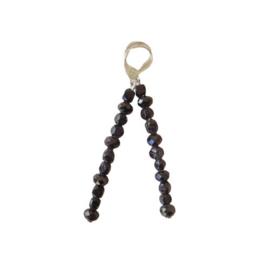 Oorbellen van gitten en zwart kristal (6,5 cm lang)