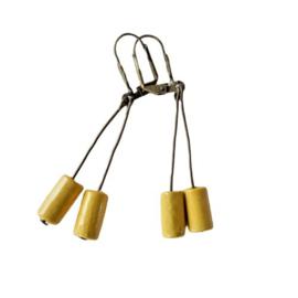 Oorbellen van brons en hout (5,5 cm lang)