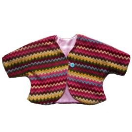 Jasje van gekleurde zigzag fleece gevoerd met roze satijn (maat 68-74)