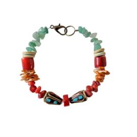 Armband van bamboe koraal, oud koraal, schelpjes, been en aventurijn met 2 Tibetaanse kralen (20 cm lang)