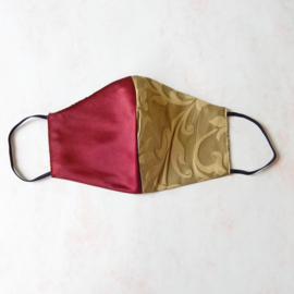 Goud/donkerrood mondkapje (double face) en zwart elastiek