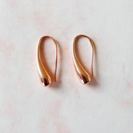 Druppeloorbellen met lange stekers (heel dun laagje roze goud)
