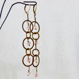Bronzen schakels met roze kristal (11,5 cm lang)