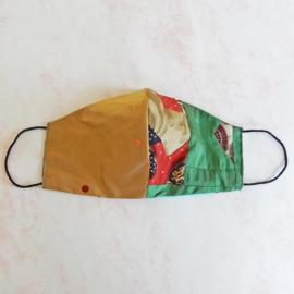 Goud-zijde/patchwork mondkapje (double face) met dun zwart elastiek