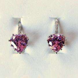 Zilveren oorhangers met roze steen en 5 kleine strass-steentjes