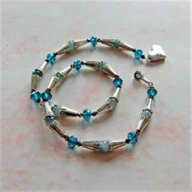 Ketting van aventurijn en blauwe kristallen ((49 cm)