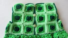 Groen gehaakt jurkje in maat 74