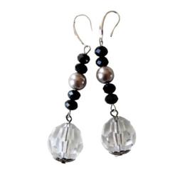 Zwarte kristallen met grote hanger aan haakjes van sterling zilver (7 cm lang)