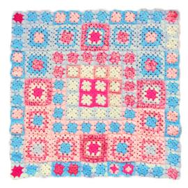 Gehaakte deken voor bedje of box (69 x 69)