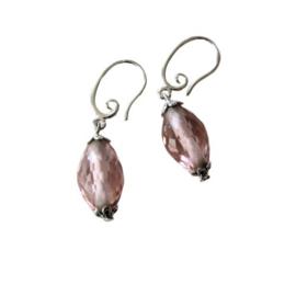 Grote roze kristal aan zilveren sierhaken