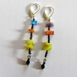 Gele kwarts met steenchips en kristallen