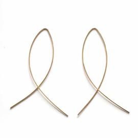 Goudkleurige lichtgewicht oorbellen