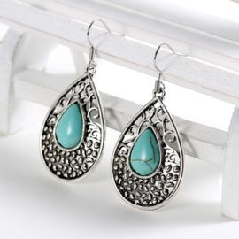 Oorbellen van Tibetaans zilver met turkoois