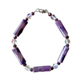 Armband van lila staven met maansteen en kristallen (20 cm)