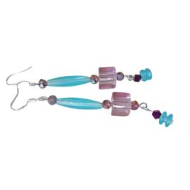 Roze glaskraal met blauw acryl en kristal (superlicht)
