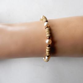 Armband + oorbellen met kralen van been en parelkralen (19 cm)
