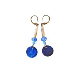 Parelmoer en kristal in blauw (6 cm lang)