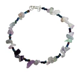 Armband van fluoriet met multicolor glaskraaltjes
