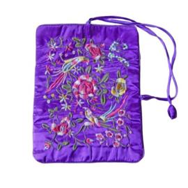 Sieradenrol van paarse Chinese zijde