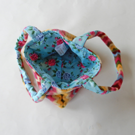 Handtasje van zigzag-fleece (23 x 16 cm)