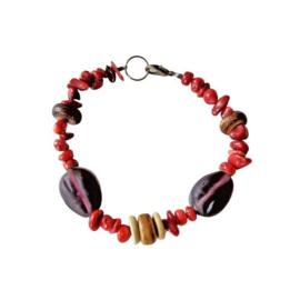 Armband van oud koraal, been en glas (19,5 cm lang)