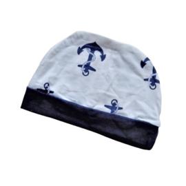 Klein mutsje van zacht tricot katoen voor maat 62