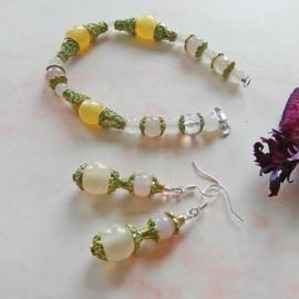 Armband + oorbellen van rozenkwarts, calciet en koper (20 cm)