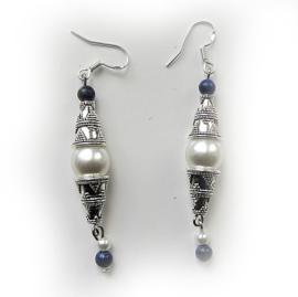 Tibetaans zilver met parelkraal en lapis lazuli