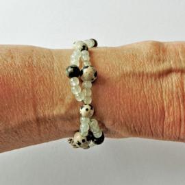 Armband van lichtgroene calciet met dalmatiër jaspis (21 cm lang)
