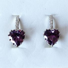 Zilveren oorhangers met lila steen en 5 kleine strass-steentjes