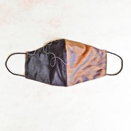 Antraciet/taupe-zijde mondkapje (double face) met dun zwart elastiek