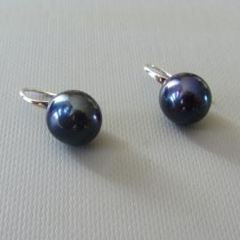 Zilveren oorhangers met zwarte (heel donker paars) zoetwaterparels