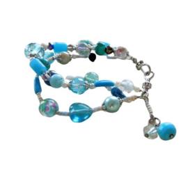 Armband van blauw glas (21 cm lang)