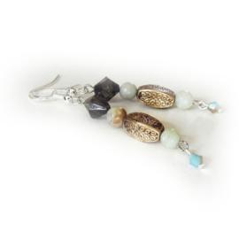 Natuursteen met koper en kristal