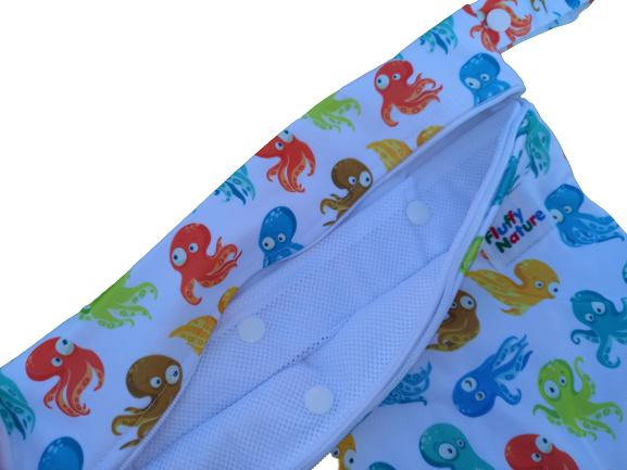 Wetbag mit integriertem Wäschenetz - Colorful Octopus
