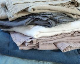 Fay, 100% linnen Sprei, Off Black, Dark Grey, Natural,Ocean Green, Old Pink