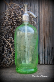Franse anna groene (uraniumglas) spuitfles