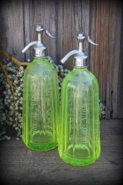 Franse spuitfles uraniumglas/anna groen